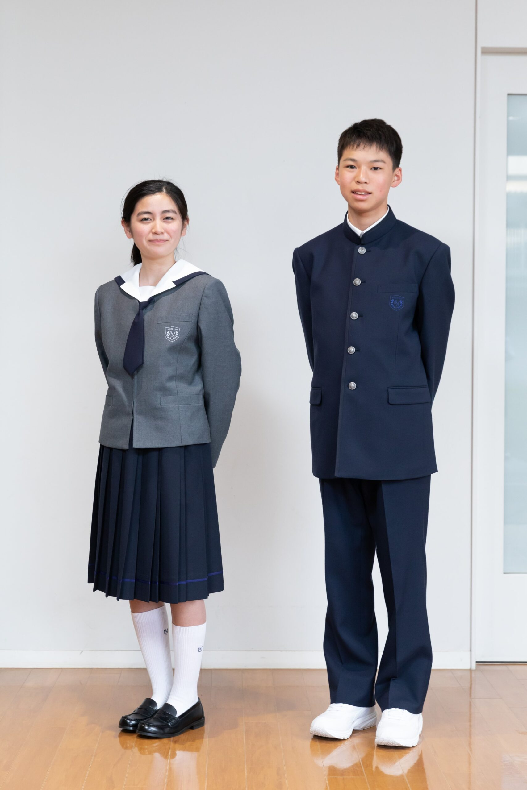清風南海中学校制服